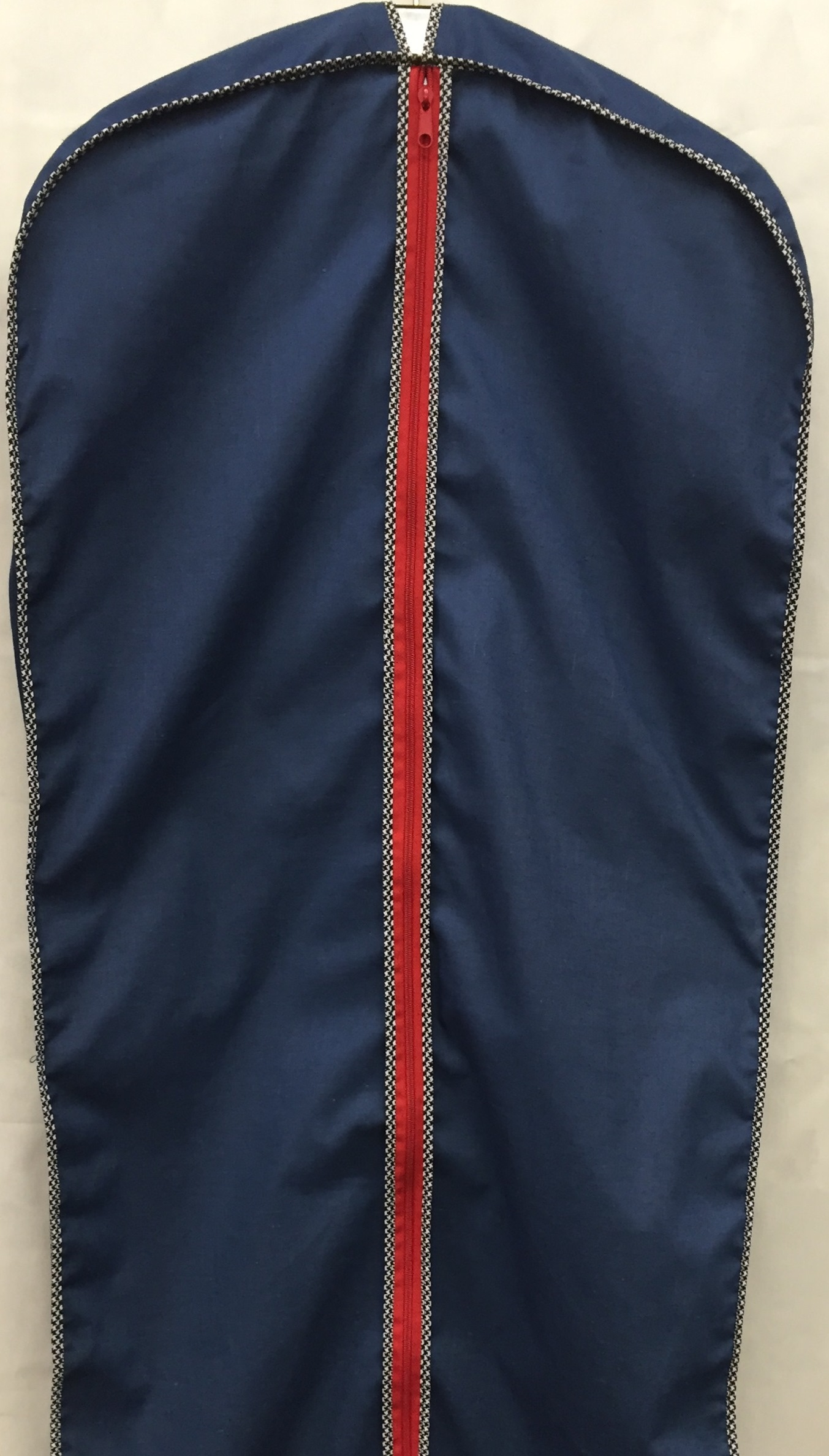 Basic Ltd Breathable Suit And Dress Garment Bags